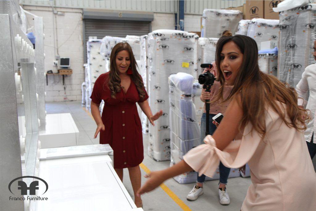 Noemi Salazar y Raquel Los Gipsy Kings